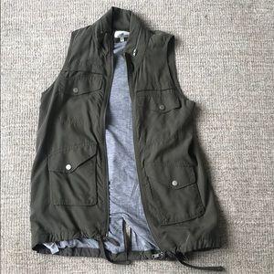 Lou & Grey XXS olive Vest